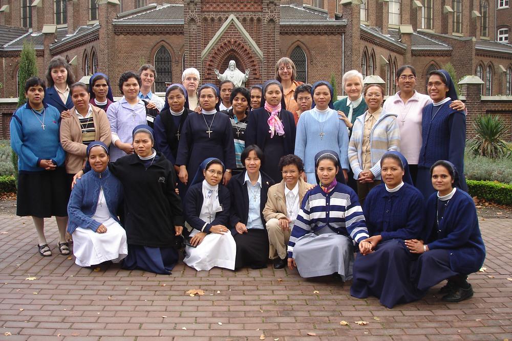 Missionar datiert katholisch Dating einer Mannschaft magma grunt Regel 34