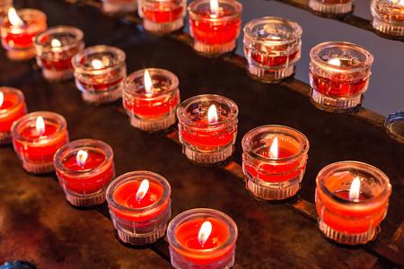 Gedenken-an-Corona-Tote-mit-Religionsvertretern-am-Freitag