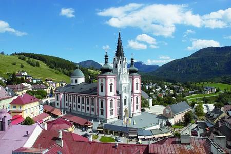 Mariazeller-Basilika-startet-die-Wallfahrtssaison-zu-Pfingsten